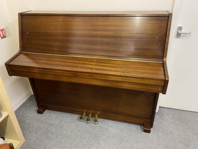 Young Chang piano