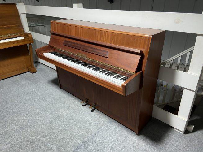 Fuchs & Mohr piano