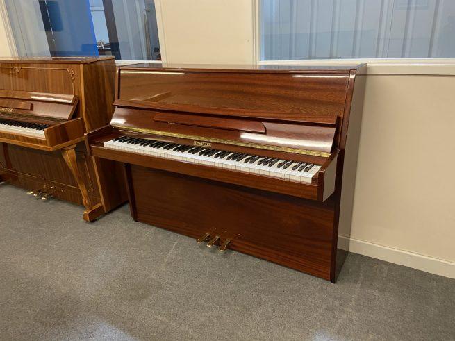 Ritmuller piano