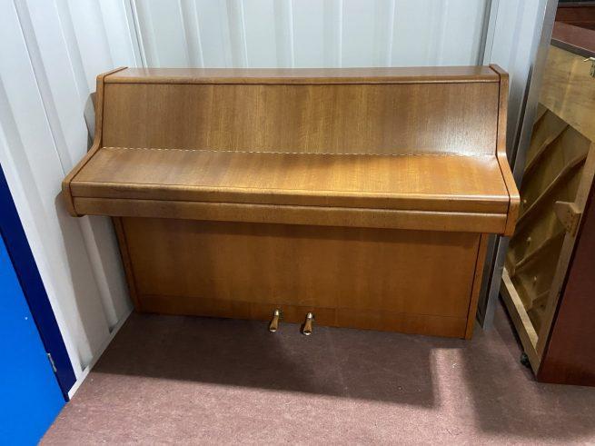 Bentley piano
