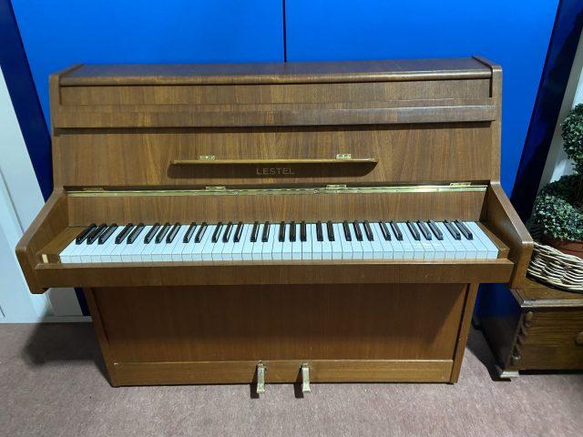 Lestel piano